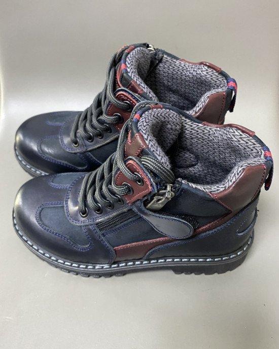 Ботинки зимние на шнурках и замке