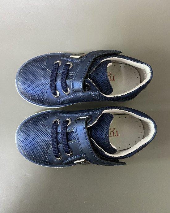 Кроссовки синего цвета с ортопедической стелькой