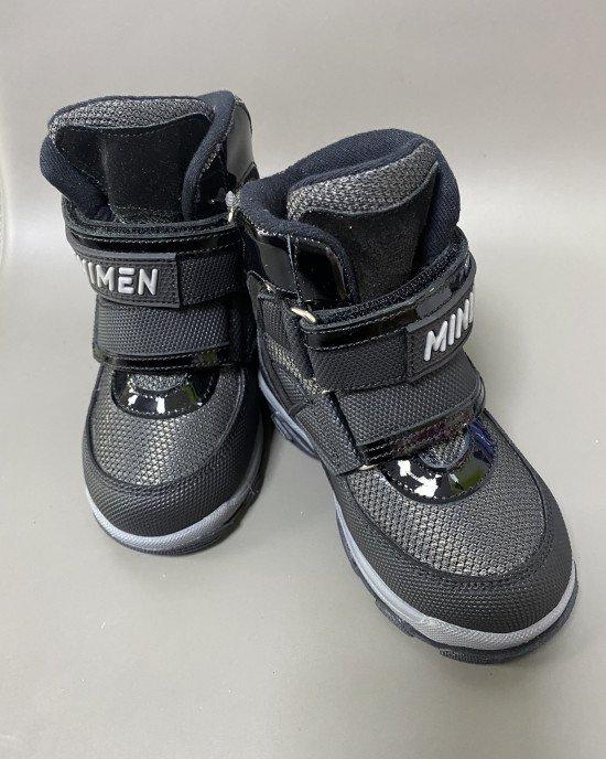 Ботинки высокие зимние черного цвета с мехом