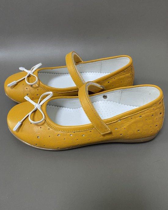 Туфли - балетки оранжевого цвета из натуральной кожи
