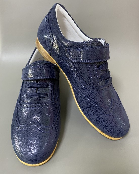Туфли синего цвета из натуральной кожи
