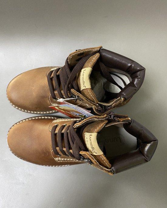 Ботинки коричневого цвета из натуральной кожи