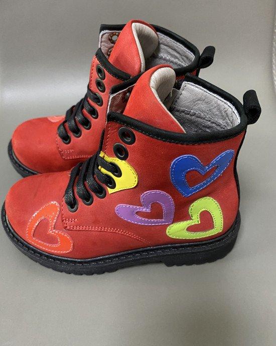 Ботинки красного цвета с декоративными элементами ортопедические