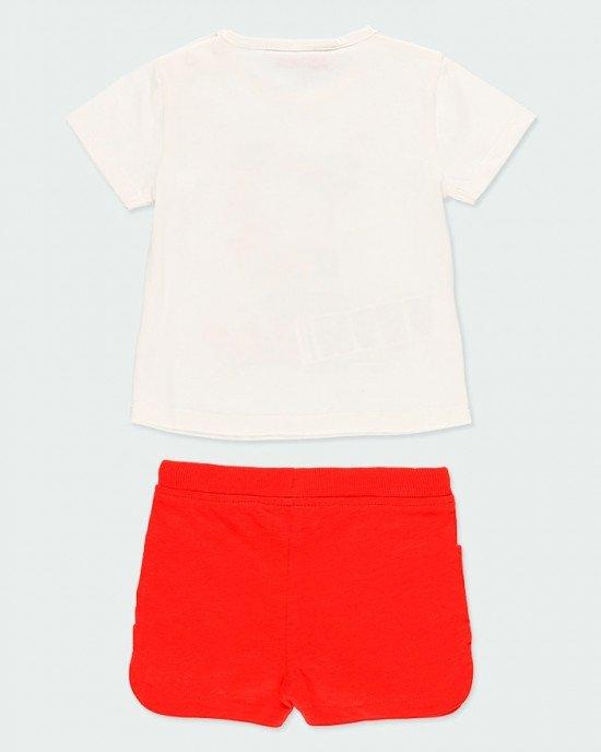 Комплект (футболка + шорты) бело - красного цвета в принт