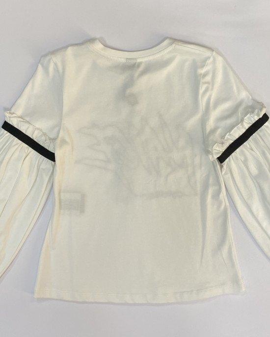 Блуза кремового цвета с черным принтом и широкими рукавами