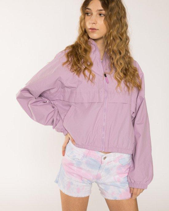 Куртка - ветровка сиреневого цвета с капюшоном