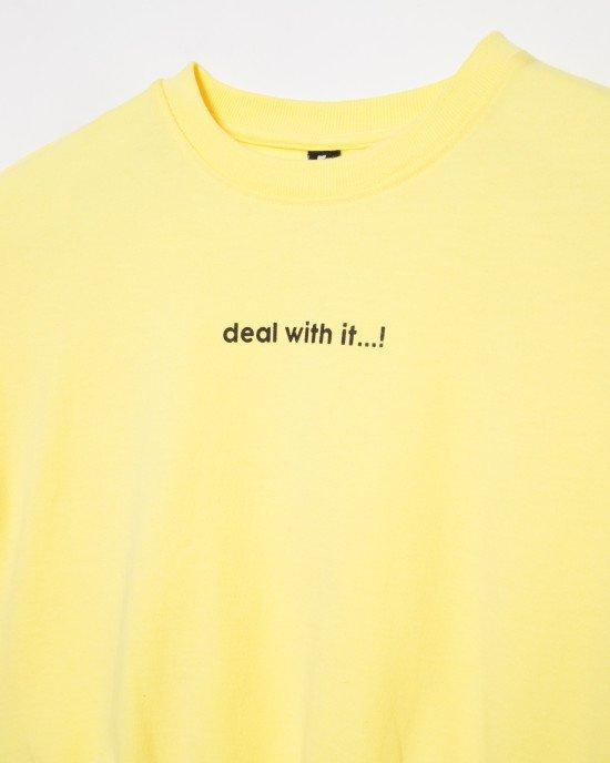 Футболка - топ желтого цвета с черным принтом