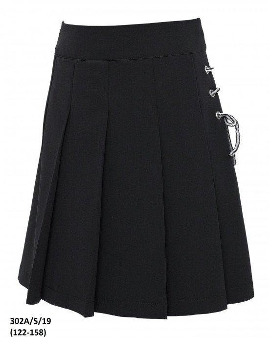 Юбка черная с декоративной шнуровкой