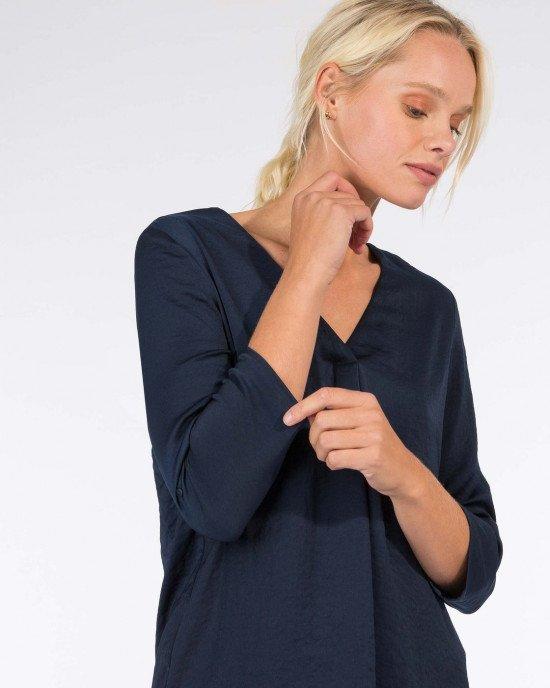 Блуза из легкого материала синего цвета