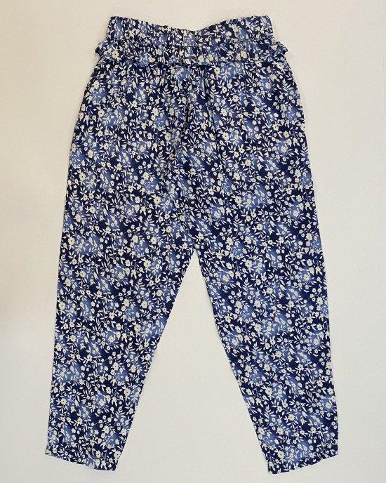 Брюки летние синего цвета в цветочный принт