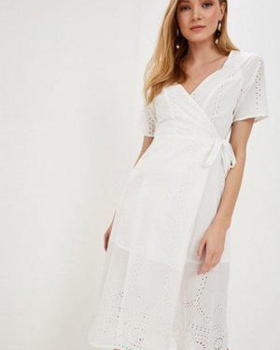 Платье летнее на запах белого цвета