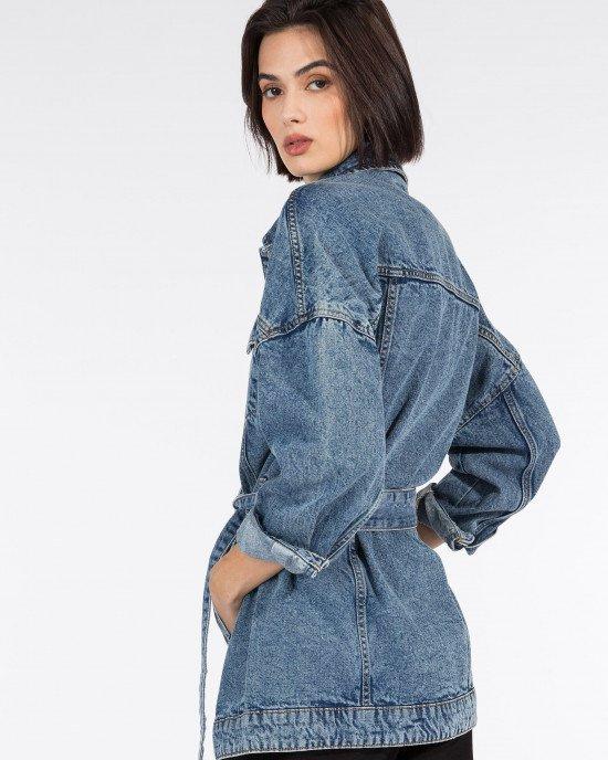 Куртка джинсовая удлиненная с широким поясом