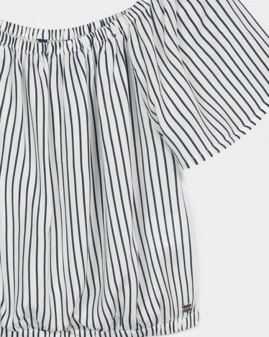 Топ - блузон белого цвета в черную узкую полоску