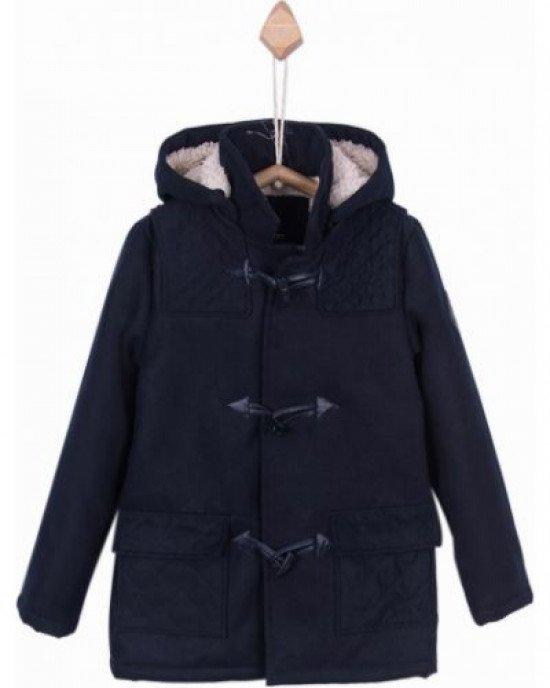 Пальто темно - синего цвета с утеплением