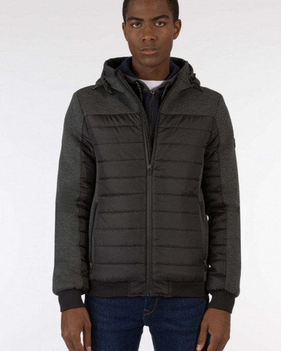 Куртка демисезонная с текстильными вставками