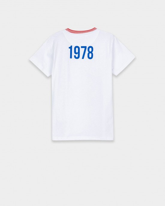 Футболка белого цвета с принтом - логотипом