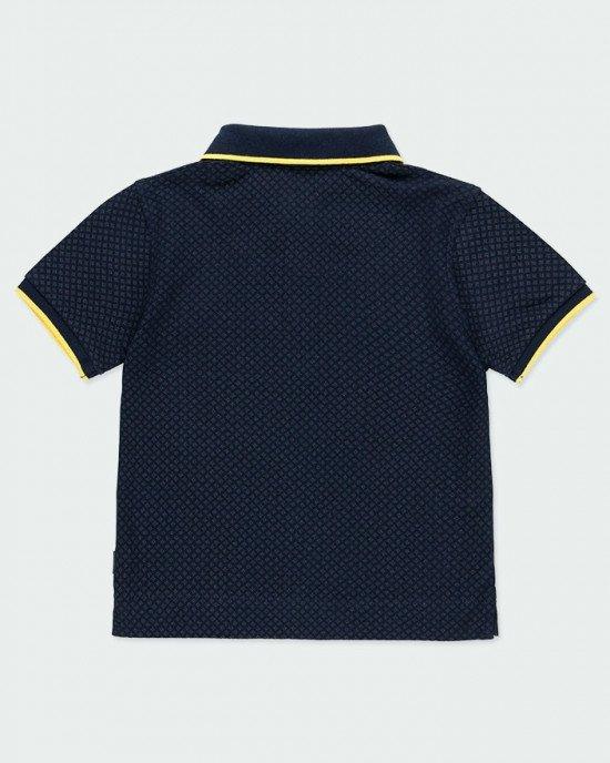 Футболка - поло темно - синего цвета с яркой, желтой окантовкой