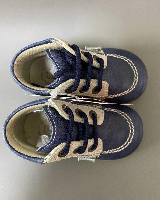 Ботинки на шнурках из натуральной кожи